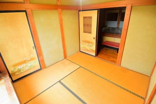 1〜2名様用個室