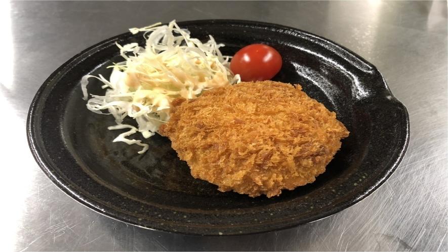 ★【夕食】チーズインメンチカツ
