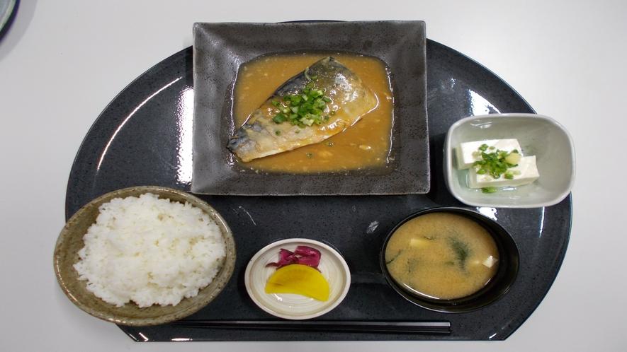★【定食メニュー】さば味噌煮定食