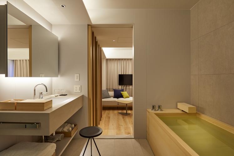 プレミアダブルベッドルーム〈檜風呂付〉 バスルーム