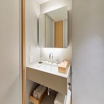 デラックスツインベッドルーム 洗面所