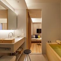 プレミアダブルベッドルーム 〈檜風呂付〉 28㎡ バスルーム