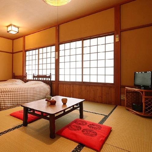 客室一例◆和洋室*お部屋タイプは当館のおまかせになります。ご指定はできませんので予めご了承ください。