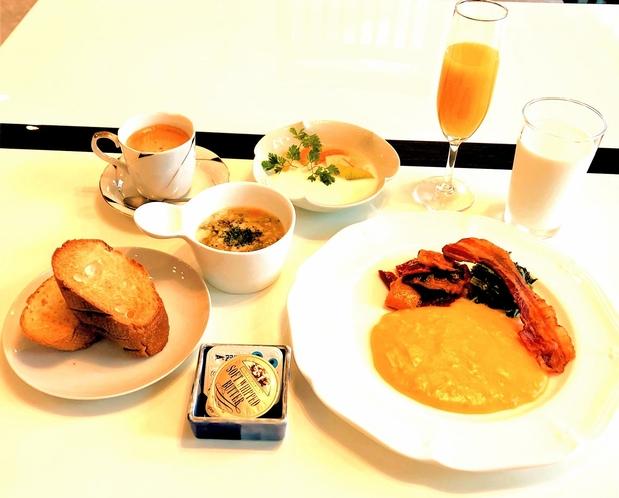 朝食(宿泊客向け)