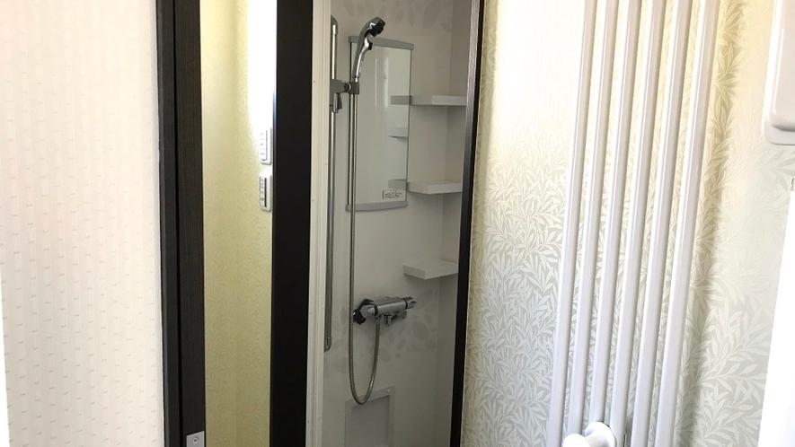 二階共同シャワー室