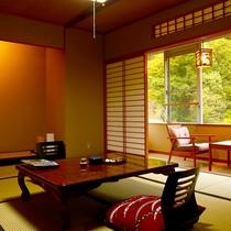 【朝霧】紅葉を楽しみながら、畳のお部屋でのんびりとした一時を