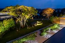 日本庭園(夜)