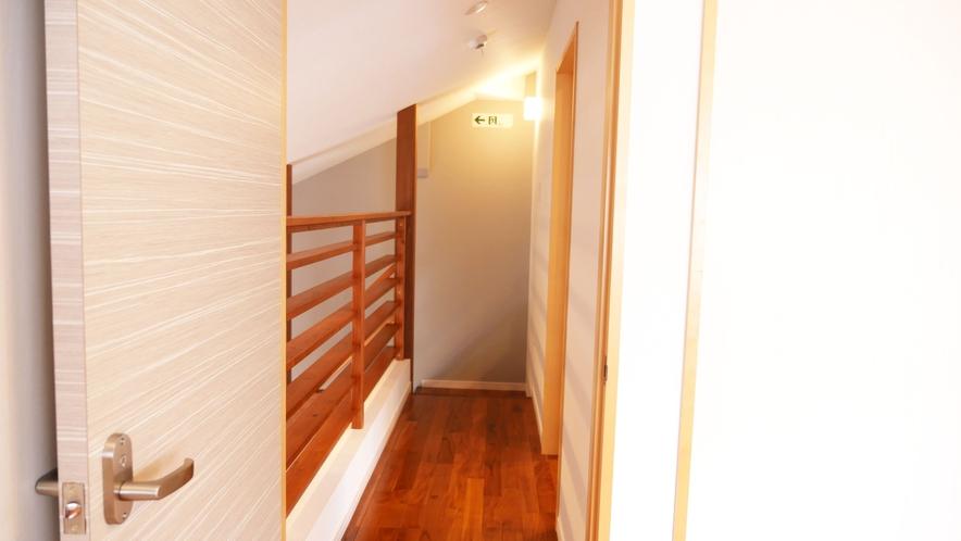 【テラスルーム】2階廊下