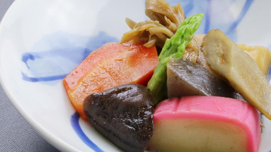 ■【ご夕食一例】味よしと好評をいただいている魅了の和食を是非ご堪能くださいませ