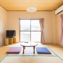 ゆったりくつろげる和室です