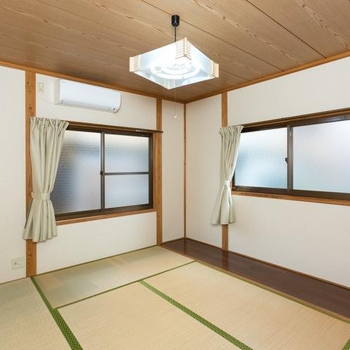 6帖の和室が2部屋あります