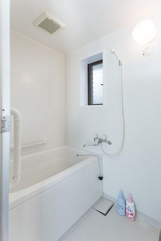 お部屋に浴室はありますが温泉ではありません