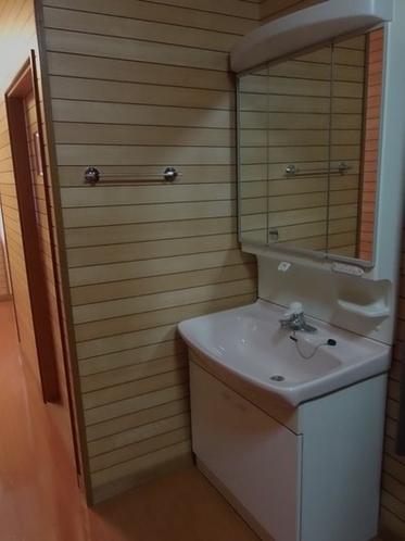 2階供用部 洗面台