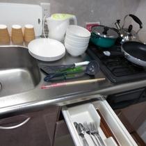調理器具、食器類