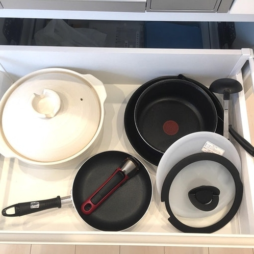 調理器具完備。美味しい料理を作ってみては