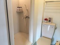 各部屋シャワートイレ有り
