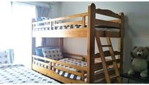 ベッドルーム2です。2段ベットがあります。