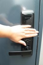スマートロックで入室可能☆手をタッチして番号を押すと開錠します!