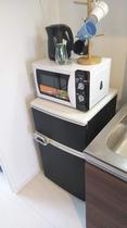 冷蔵庫・電子レンジ・電気ケトル Refrigerator · Microwave · Electri