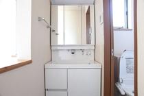 清潔感溢れる洗面所