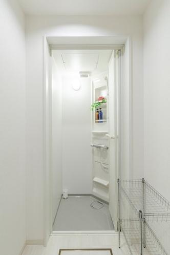 バスルーム 1階