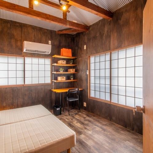 3階寝室303号室
