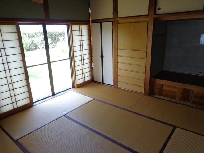 寝室は、畳の和室