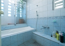 Bath Room / バスルーム