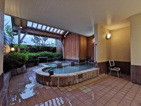 【日帰り入浴】貸切風呂時間:14:00〜14:45