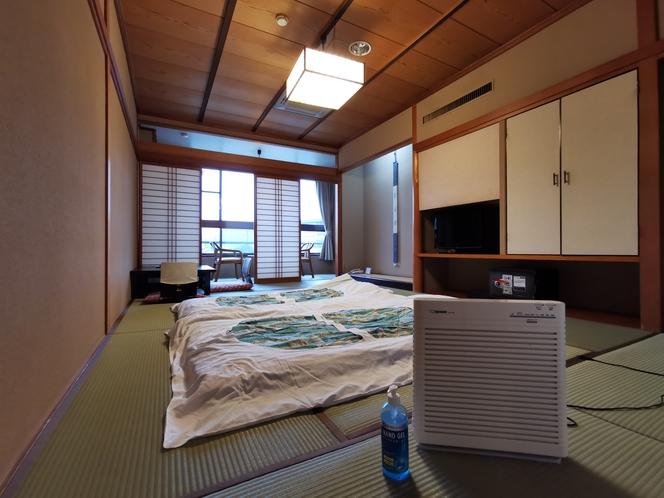 客室コロナ対策(消毒&入室を控えるため事前に布団を敷かせていただいております