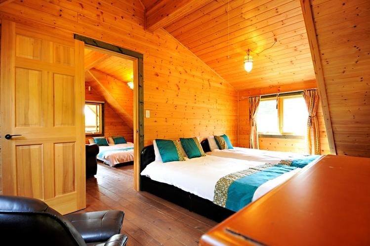 2階の寝室1と寝室2です。