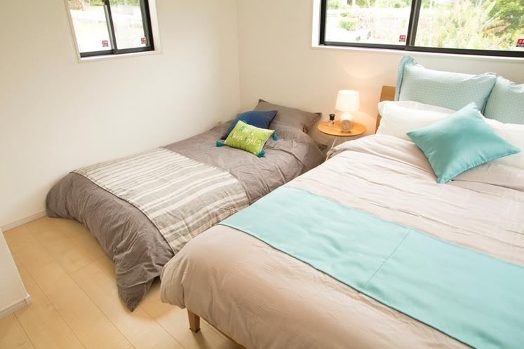 Double Bet 1Set & Sofa Bed 1set / ダブルベッド×1 ソファーベッド