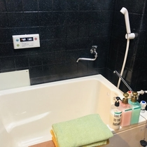 Clean bath room with towels