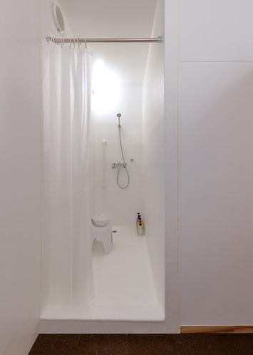 男性用シャワー