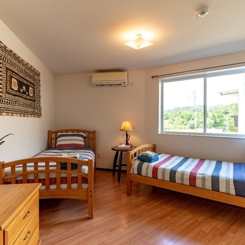 ベッドルーム3