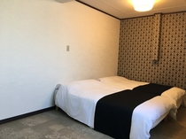 ベッドルーム1-3