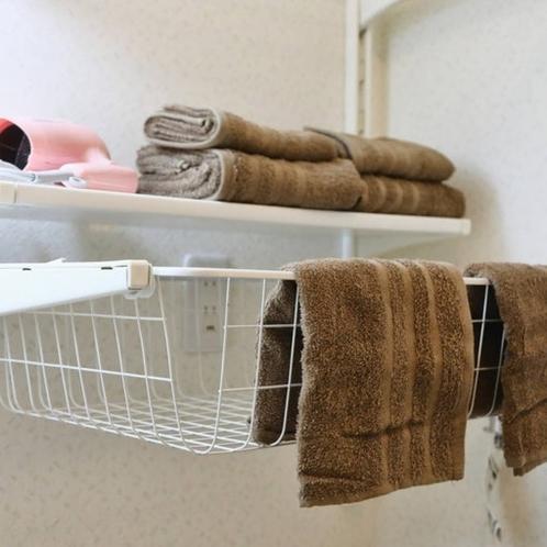 Hair dryer-& towels