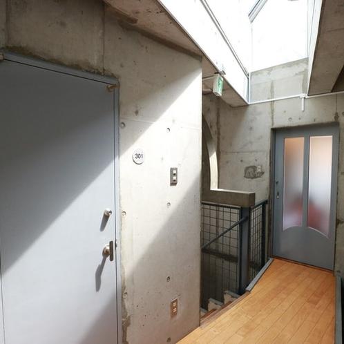 施設共用廊下