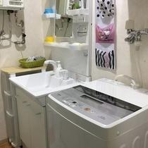 洗濯機+洗面所