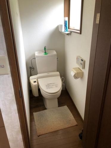 2階にもトイレアリマス