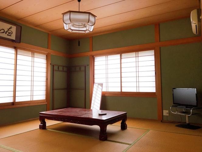 和室(ふとん2名)