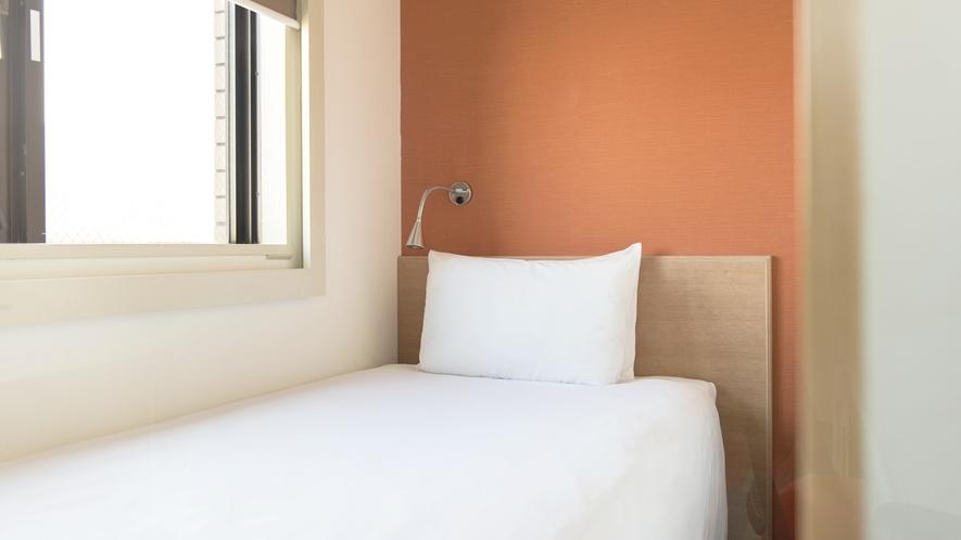 <客室>◆スタンダードシングルA◆ 10平米【ベッド90cm x 195cm】