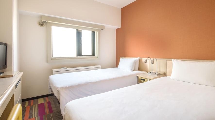 <客室>◆スーペリアツイン◆ 13平米【ベッド97cm x 195cm】