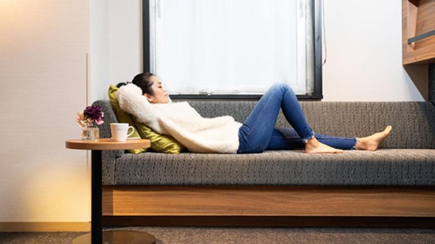 客室ベッドなしのお部屋にはデイベッドまたはソファベッドをご用意。ちょっとした休憩に