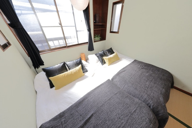 Tatami 畳bed space on the 2nd floor relaxation spac