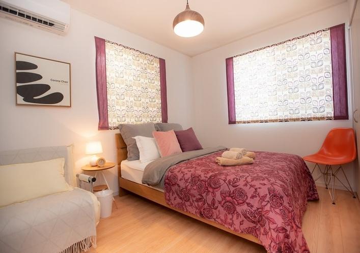 Bed Room 2 / ベッドルーム 2