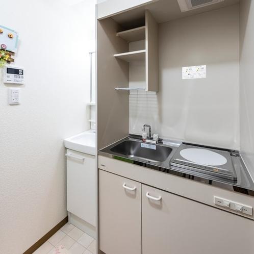 2階ミニキッチン、洗面台
