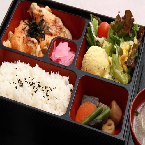 ご朝食は和食セットメニュー(メインをお肉かお魚でご選択できます)