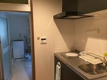 2階簡易キッチン、バスルーム、洗濯機