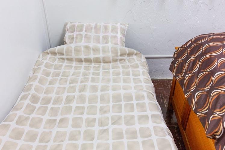 Bedroom No1 Extra bed / ベッドルーム1エキストラベッド